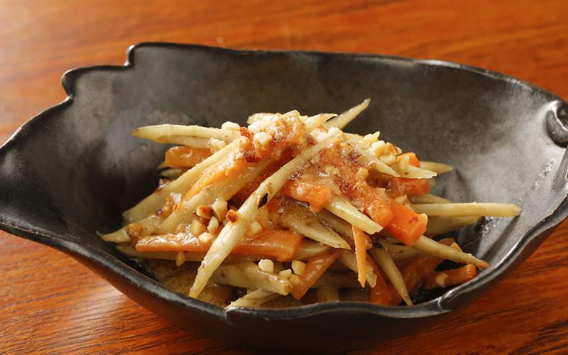 調理例(鶏のアーモンド炒め)