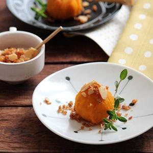 かぼちゃのチーズ茶巾~アーモンド入りクランチかけ~