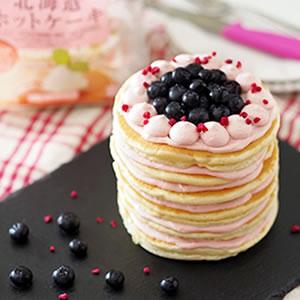 ブルーベリーのデコレーションパンケーキ